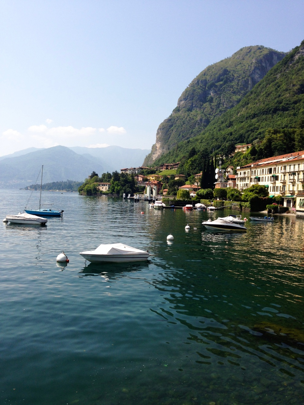 lake como, italy, backpack europe, budget travel tips