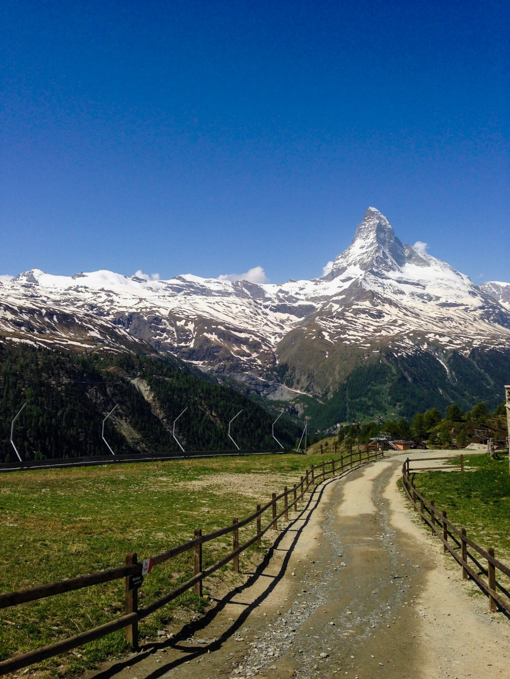 zermatt, switzerland travel, backpacking europe, travel tips