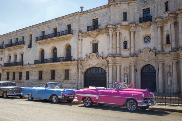 Old havana, visit cuba, classic cars, travel to Cuba, how to get there