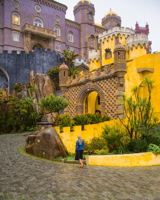 sinter day trip, lisbon itinerary, what to do in lisbon portugal